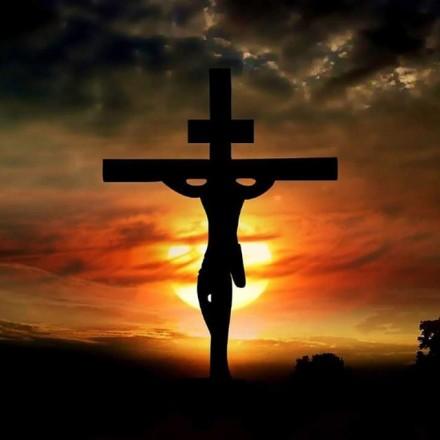 الالام المسيح