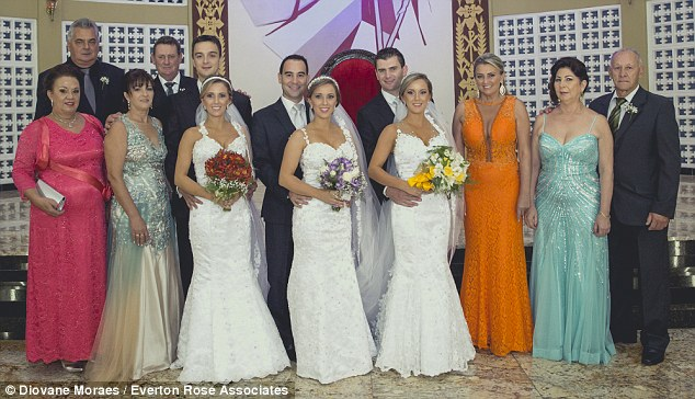 التوائم العرائس