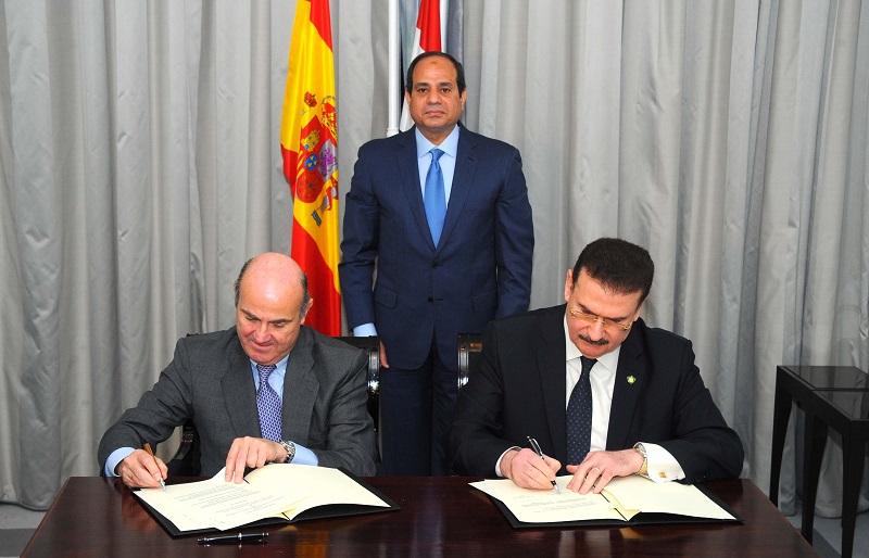 السيسى يشهد التوقيع على اتفاقية بين مصر واسبانيا فى مجال النقل