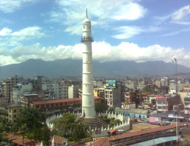 برج داراهارا قبل انهياره