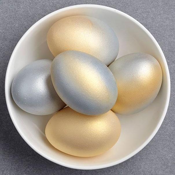 بيض ميتالك