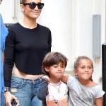 جينفر مع اولدها