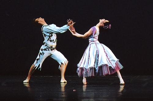 صور_من_اول_من_احدث_الرقص_v