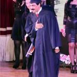 عبدالله الرويشد قُبيل تسلّمه الدكتوراة الفخرية من أكاديمية الفنون في مصر