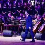 عبدالله الرويشد يعتلي المسرح