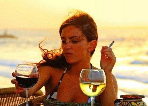 الخمور والنساء