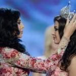 Yulia Alipova تسلم تاجها للملكة الجديدة