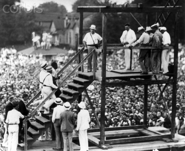 The Last Public Hanging in the U.S. 1936