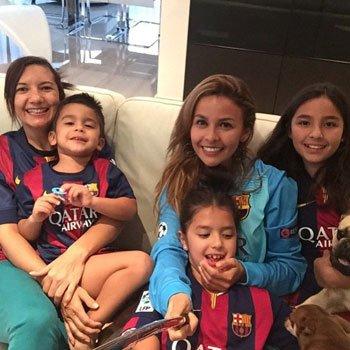 عائلة كلاوديو برافو حارس البارسا