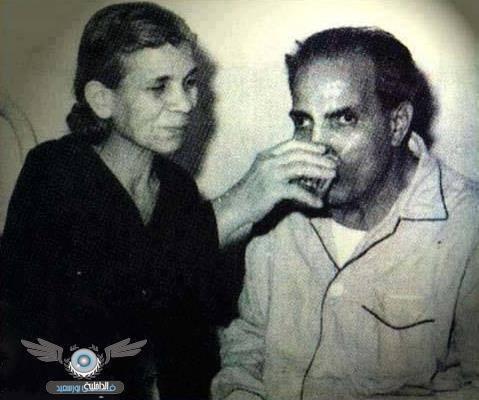 عبد الفتاح القصرى مع أخته