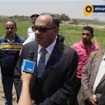 محافظ القاهرة ووزير الرى يتفقدان ازالات تعديات على نهر النيل بالمعصرة