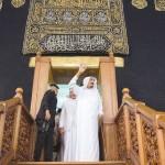 الملك سلمان يتابع توسعة الحرم المكي