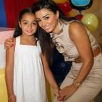 الممثلة-السورية-ديما-الجندي-وابنتها
