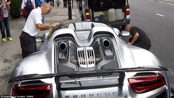 سيارة بورش