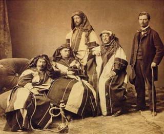 دليسبس وزوجته وبعض الأقارب فى الإسكندرية فى سنة 1869