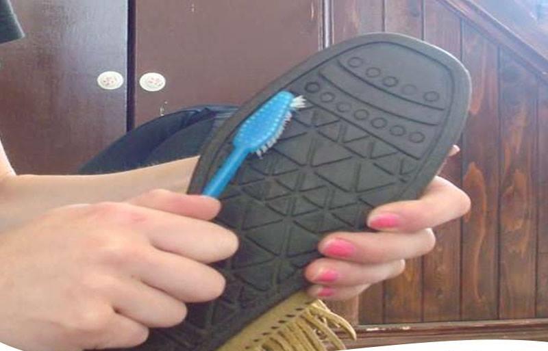 معجون الأسنان لتنظيف الأحذية المطاطية