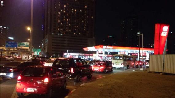 ازدحام محطات الوقود فى دبى