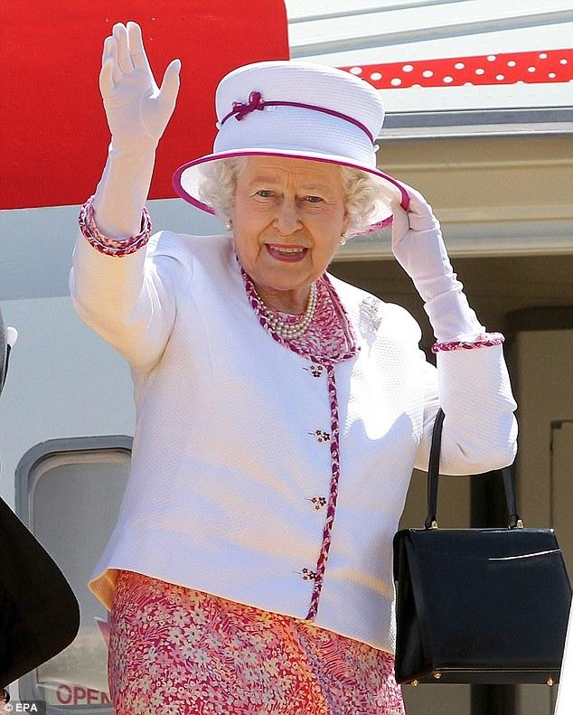 الملكة اليزابيث 4