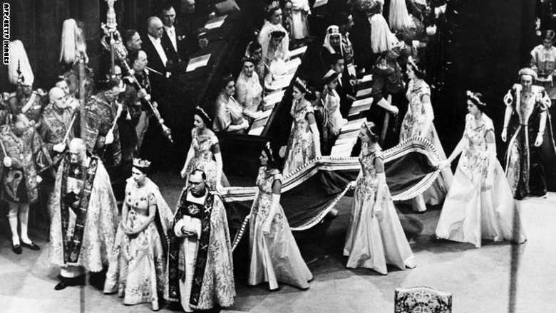 الملكة اليزابيث3