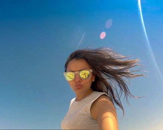 صور-راندا-البحيري-بالقصير-على-الشاطئ-تشعل-انستغرام-1302258