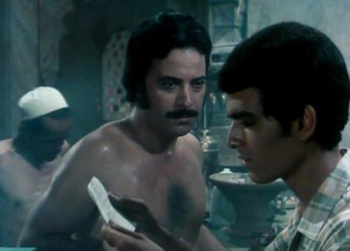 يوسف شعبان ومحمد العربى فى حمام الملاطيلى