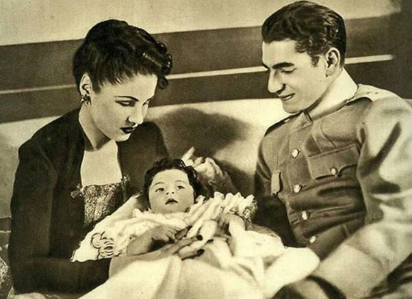 محمد رضا بهلوى والإمبراطورة فوزية وابنتهما شاهيناز