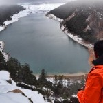 بحيرة أكلمام أزكزا تكسوها الثلوج