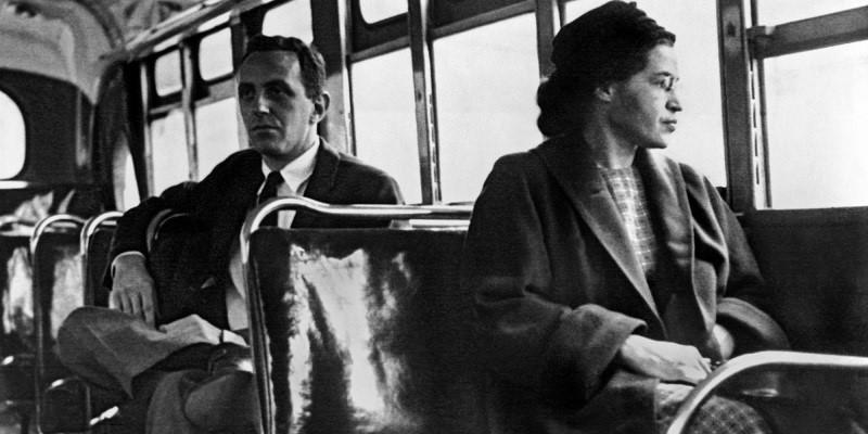 روزا بارك داخل الحافلة