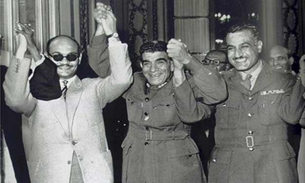 عبد الناصر و نجيب و صلاح سالم