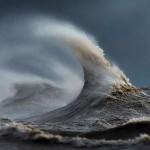 امواج بحيرة إيرى