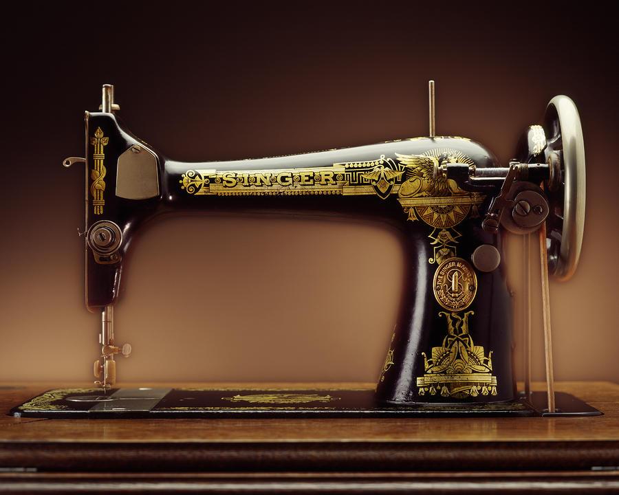 ماكينة الخياطة