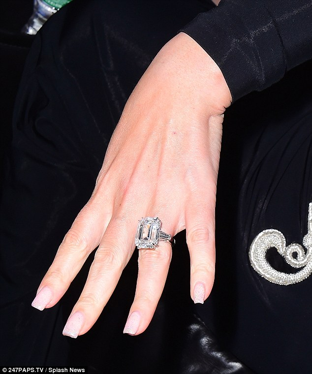 خاتم خطوبة ماريا كارى