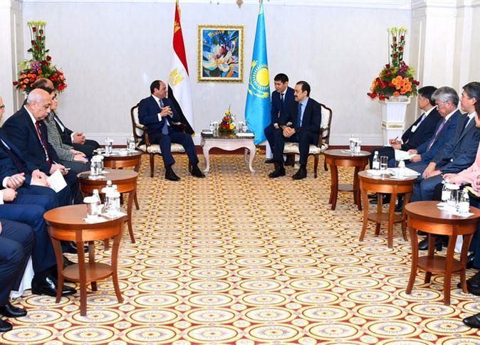 لقاء السيسي ورئيس الوزراء الكازاخي كريم ماسيموف