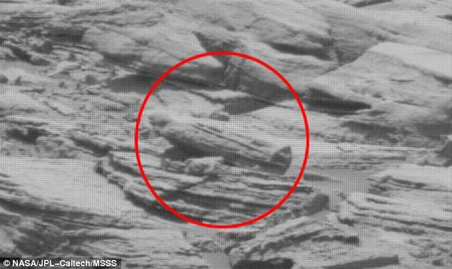 مومياء على سطح المريخ
