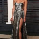Kate Hudson في فستان من Maria Lucia Hohan