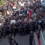 احتجاجات ضد ترامب فى كاليفورنيا