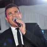 عمرو دياب يحيى الحفل