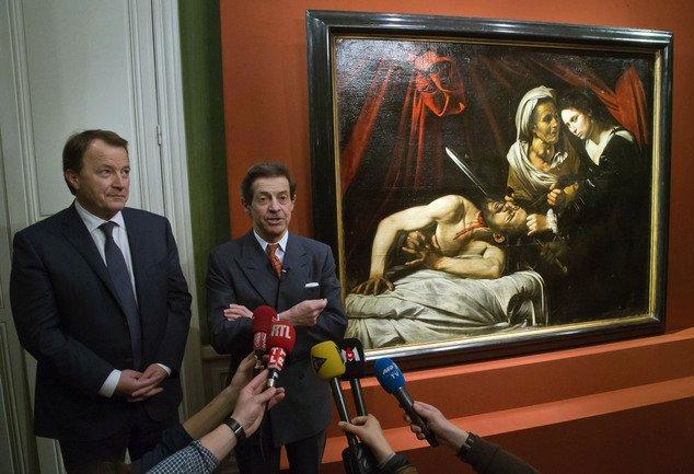 فرنسا تعثر على لوحة آثرية2