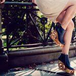 احذية بقواعد خشبية