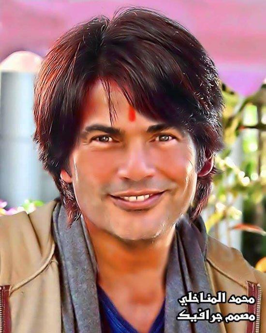 عمرو دياب فى صورة مواطن هندى