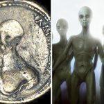 عملات نقدية تحمل صور مخلوقات فضائية